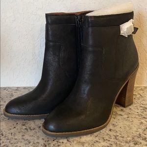 Brand new Lucky black boot size 10 style LKMINKK